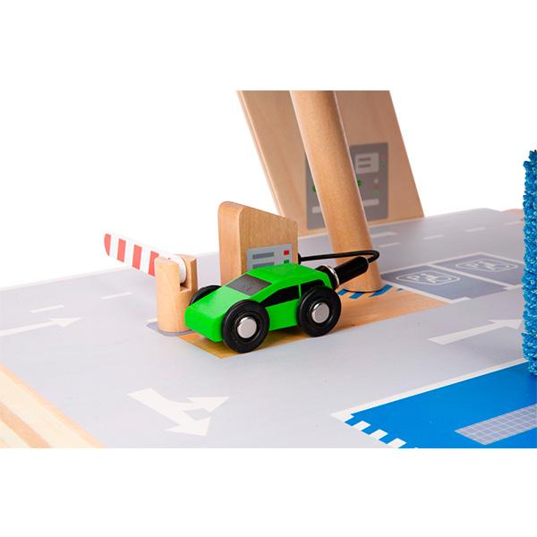Juego-aparcamiento-juguete-madera-06