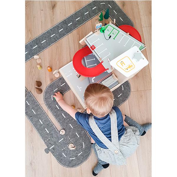Juego-aparcamiento-juguete-madera-18