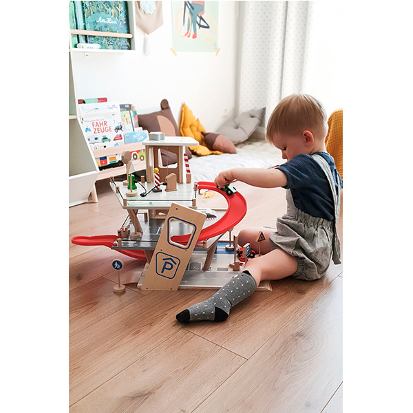 Juego-aparcamiento-juguete-madera-20